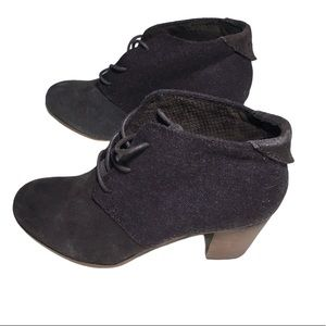 Tom's Lunata Lace Up Brown Suede Ankle Boots 9